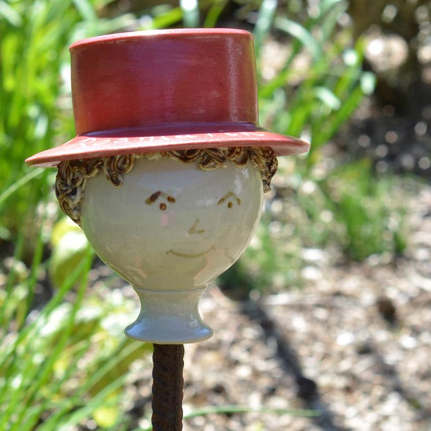 Kräuterzwerg Rosmarin - mit rotem Hut - Keramik Barbara Englisch