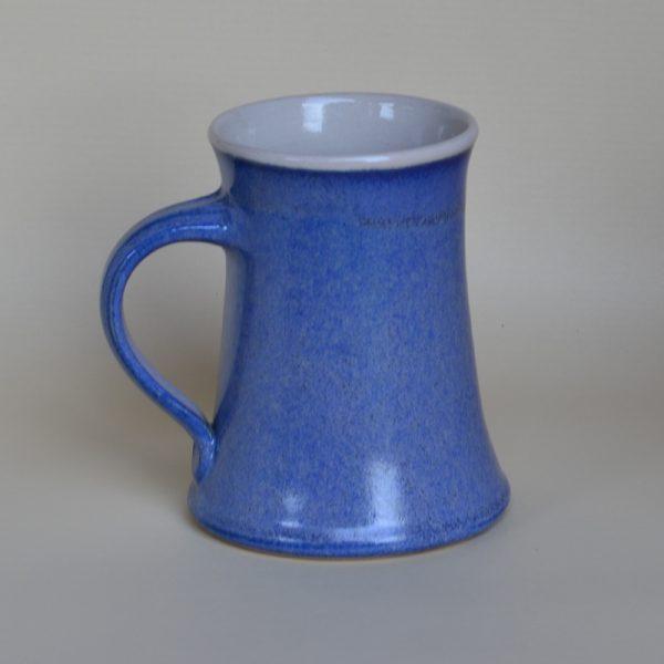 Bierkrug, 1/2 Liter, mittelblau, innen weiß