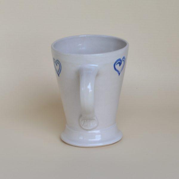 """Kaffeehaferl """"Herzerl"""", weiß-blau"""