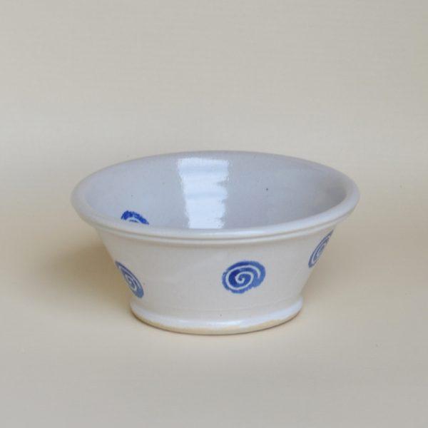 Weitling Ø 13 cm, weiß mit blauen Kringeln